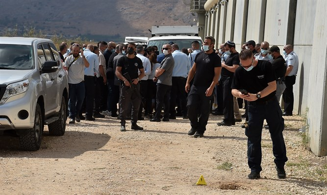 Patru deținuți palestinieni evadați dintr-o închisoare israeliană au fost prinși