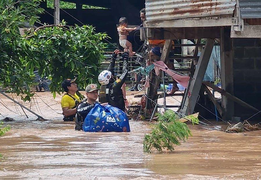 6 morţi şi 70.000 de case inundate de o furtună tropicală în Thailanda