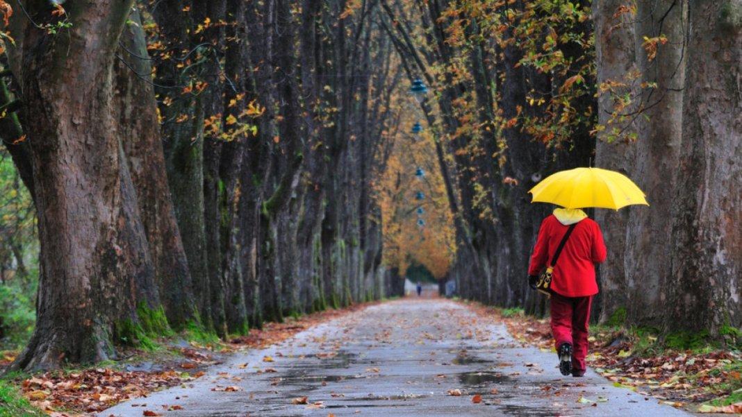 Vremea se răcește și apar ploile