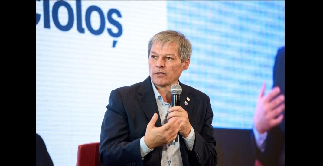 Dacian Cioloş - întâlnire cu liderii PNL, UDMR şi minorităţilor naţionale