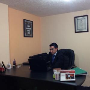 Psq. Org. Andrés Gavilanes - Gerente General