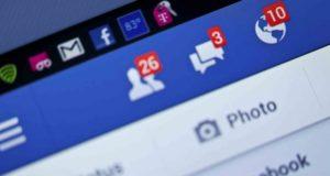 Licenciée à cause de ses messages privés sur Facebook
