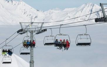 L'Urssaf veut taxer les forfaits de ski des saisonniers