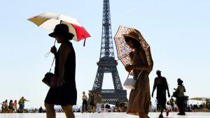 Paris cherche touristes étrangers désespérément