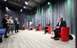 The GEA moderators Petra Schöbel, Max Ott and Roland Hauser interviewed the candidates Martin Fink, Timo Plankenhorn and Sven Boh