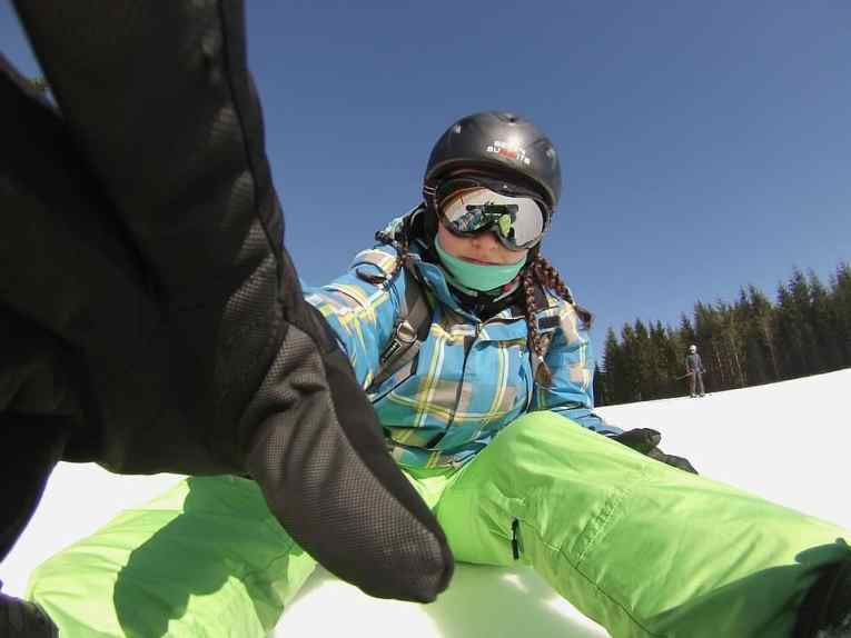 gloves & mittens for skiing and snowboarding
