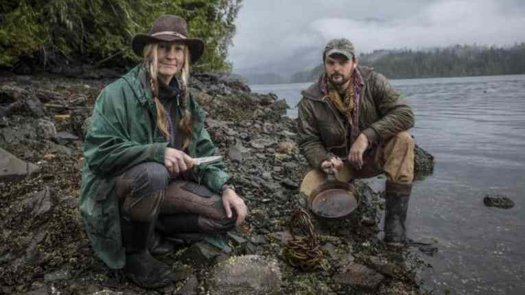 Alone Gear List S4 Brooke and Dave Whipple