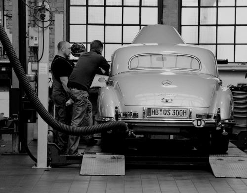 mechanics | image: Astrid Westvang, Flickr CC