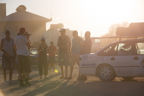 Teams sharing stories of automotive adventure. | image: Shitbox Rally
