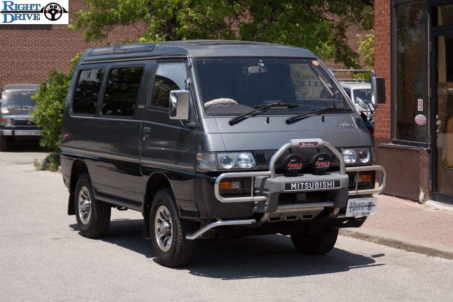 Mitsubishi-Delica-002
