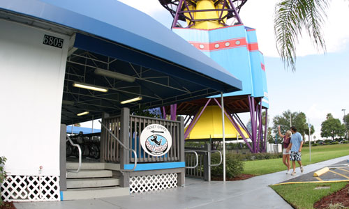 SkyVenture Orlando: A Safter Way To Skydive For Those Afraid of Heights, Failing Parachutes and Crash Landings