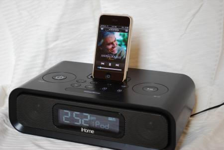 iHome iP99 iPhone Radio Dock Reviewed