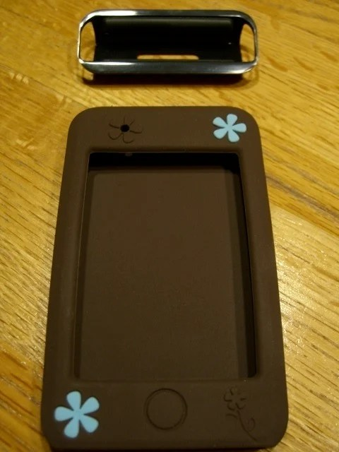 Agent18 FlowerVest for iPod Touch Review