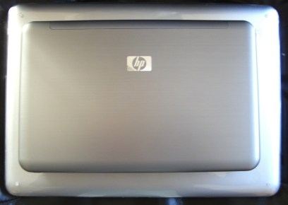 """HP 2140 and 13"""" MacBook (in Speck shell)"""