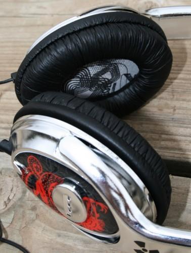 geardiary_ifrogz_fallout_headphones_06