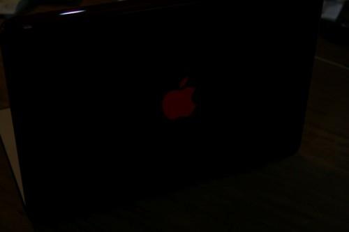geardiary_speck_see_thru_slim_hardshell_case_macbook_air_13