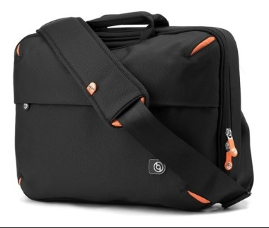Travel With The booq Taipan Lift