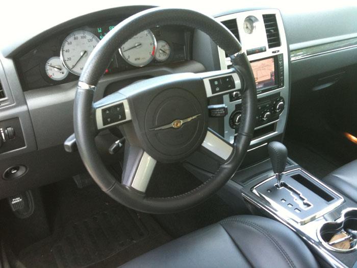 2010 Chrysler 300C SRT8