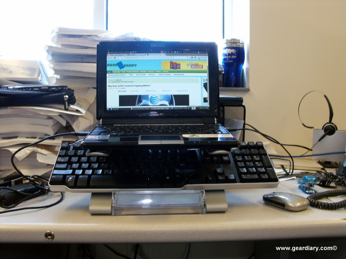 The Artwizz Alustand Makes Your Laptop Bouncy??