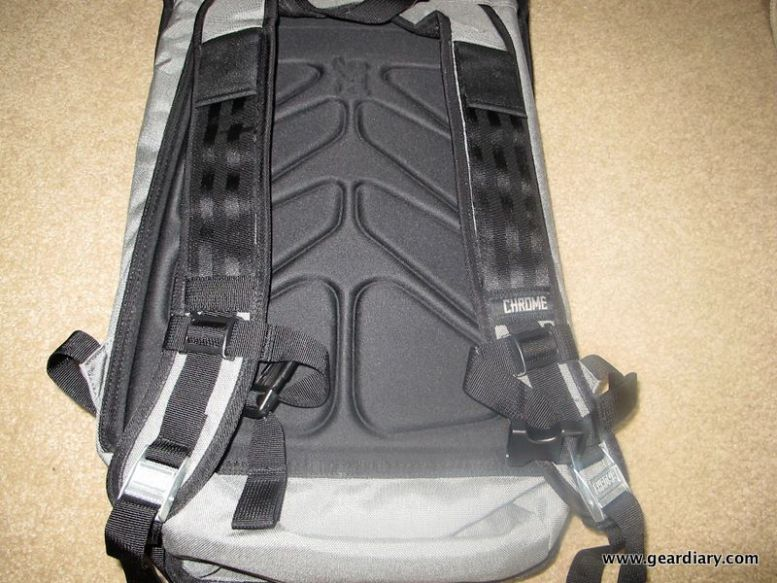 GearDiary Chrome Soyuz Laptop Bag Review:  Dare to be Different