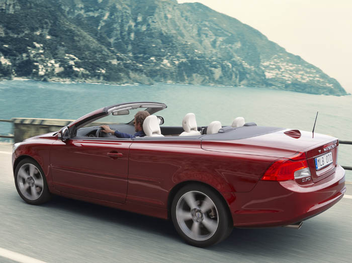 Volvo C70 Rocks the 'Wow' Factor  Volvo C70 Rocks the 'Wow' Factor  Volvo C70 Rocks the 'Wow' Factor