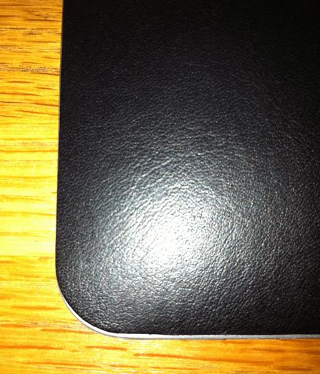 GearDiary iPad Case Review- ZAGG LEATHERskin
