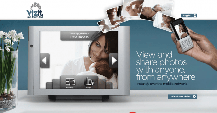 "The Vizit Mobile Network 10.4"" Touch Screen Photo Frame Review"
