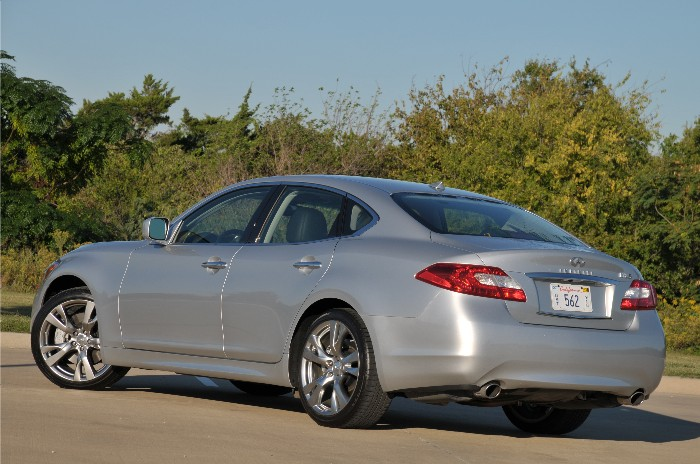 G Coupe or M Sedan, Infiniti's Class of 37s Offer Driving Nirvana
