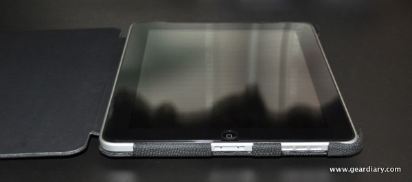 iPad Case Review:  JAVOedge Editor Quantum Case - Thin Is In.