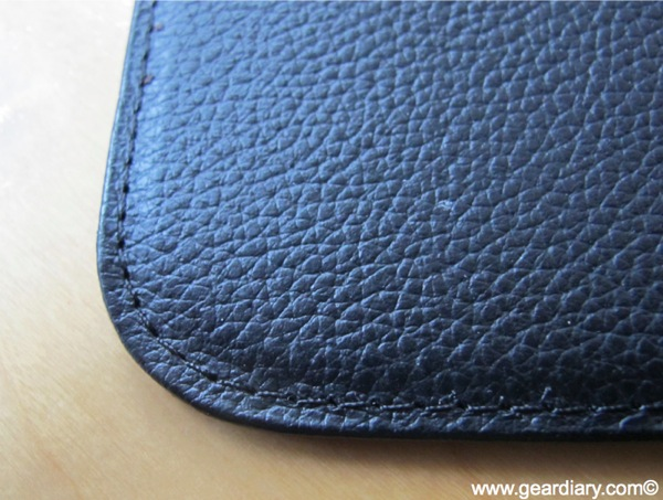 GearDiary Review- Power Support Sleeve: Designed for the iPad 1, Works Great with the iPad 2!
