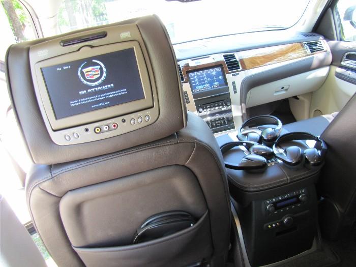 2011 Cadillac Escalade ESV a Real 'Stunner'  2011 Cadillac Escalade ESV a Real 'Stunner'  2011 Cadillac Escalade ESV a Real 'Stunner'