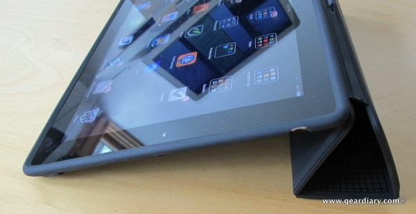 iPad Case Review: PixelSkin HD Wrap for iPad 2