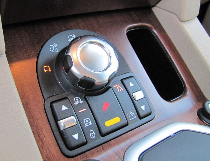 2011 Land Rover LR4 Proves 'Disco' is not Dead