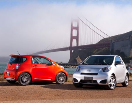 Is the 2012 Scion iQ the 'Smart' Choice?