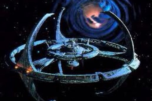 Revisiting an Old Geek Love, or the Amazing Endurance of Deep Space Nine