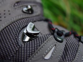 Salomon Quest 4d gtx lacing system