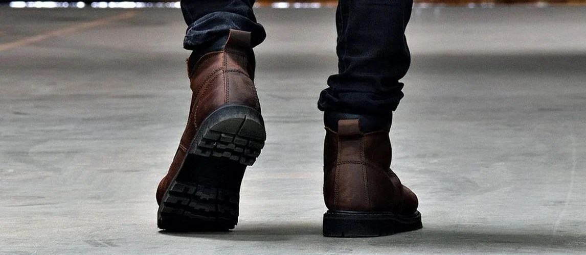 shoes for kitchen workers black sink 15 best work boots on the market in 2019 [buying guide ...
