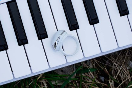 Enhancia launches MIDI ring controller Neova on Kickstarter