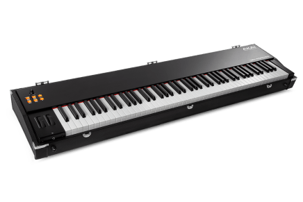 Akai Professional announces the MPK Road 88
