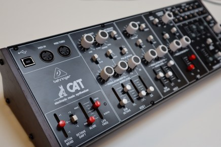 Gearjunkies video – Behringer CAT synthesizer review and sounds