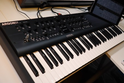 The Modal ARGON8X synthesizer in 12 minutes