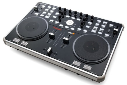 Vestax introduces MKII of the VCI-300 Controller