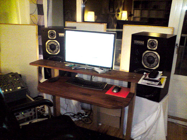 Best things to raise my monitors  Gearslutz Pro Audio