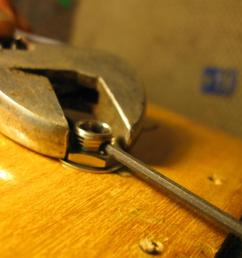 tightening endpin jack on an archtop acoustic img 0343 jpg [ 1024 x 768 Pixel ]