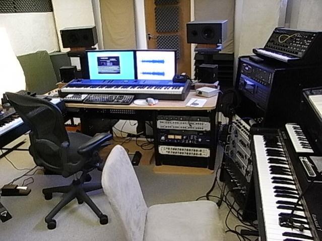 Studio Furniture Help
