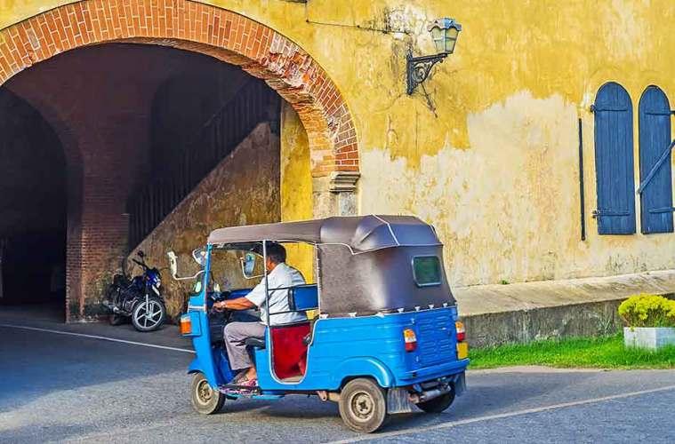 tuk tuk in Galle Sri L:anka