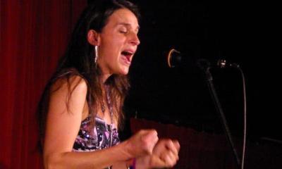 Flossie-singer