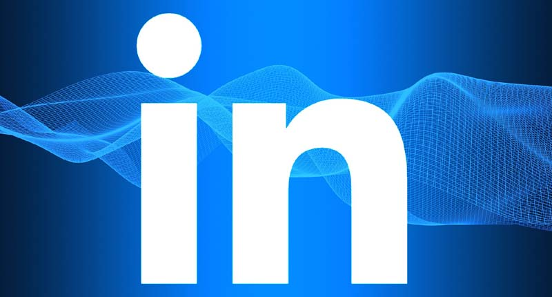 LinkedIn Background Photo Tips to Engage Your Audience