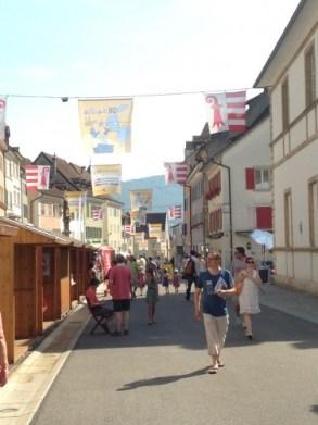 La vielle ville de Delémont aux couleurs de la bande dessinée
