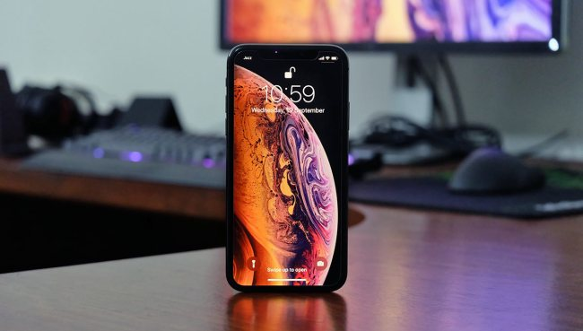 Download Iphone Xs Xs Max Live Wallpapers On Your Older Iphone